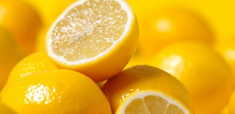 Sucos cítricos auxiliam na prevenção das pedras nos rins